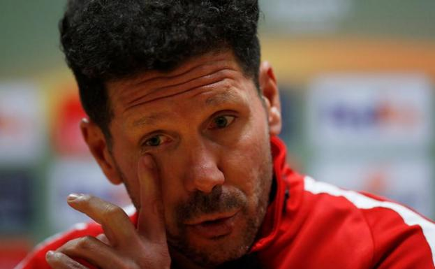 Simeone, durante la rueda de prensa. /Andrew Couldridge (Reuters)
