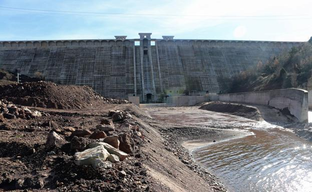 La obra civil de la presa de Castrovido está concluida. /APM